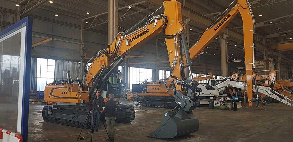 Tiefbau und Straßenbau gelingt mit unserem Maschinen-Fuhrpark